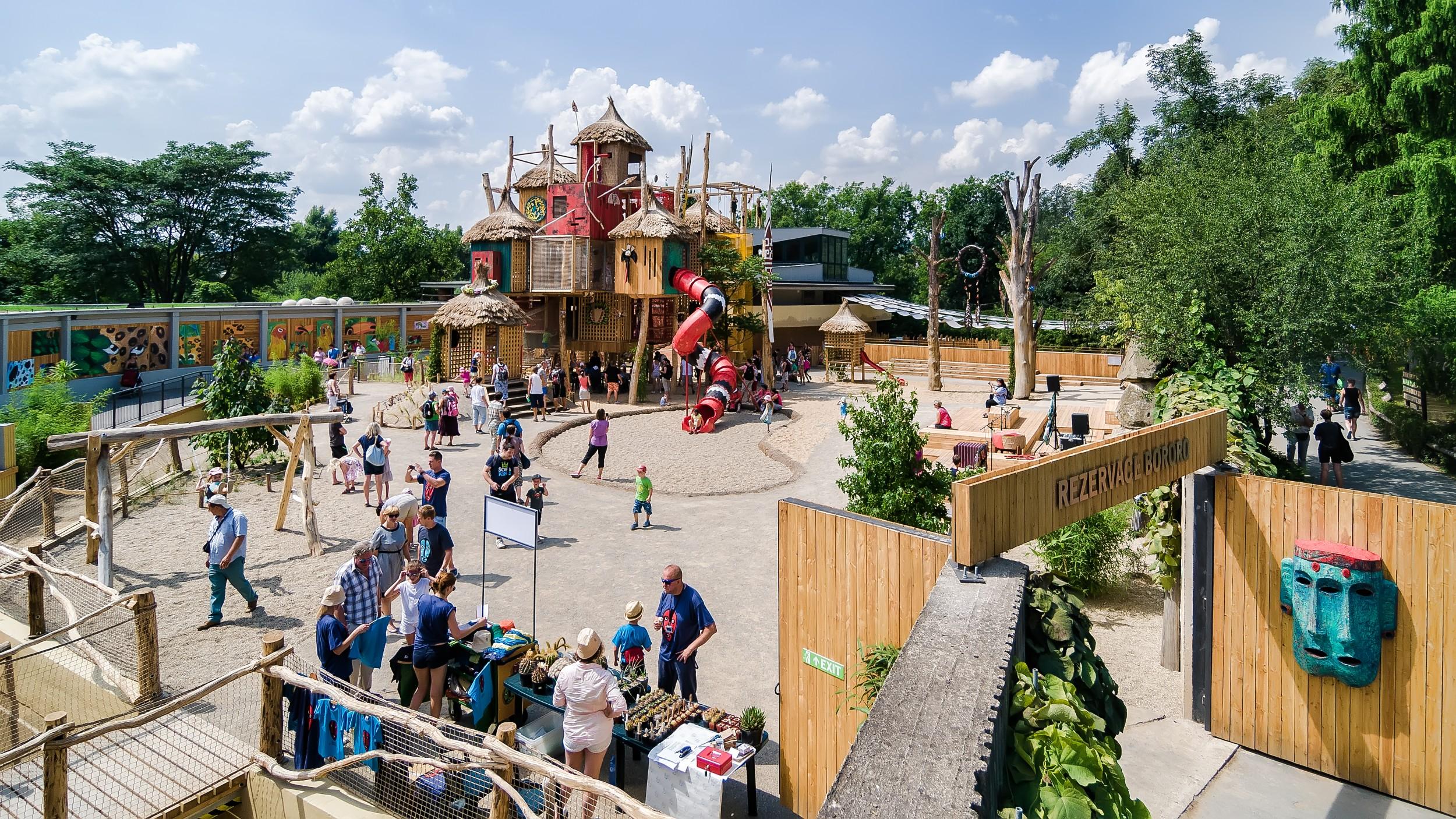 Bororo reserve prague zoo for Designhotel elephant prague 1 czech republic
